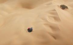 الصورة: الصورة: إنقاذ إماراتي تعطلت مركبته 3 أيام بصحراء عُمان