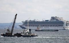 """الصورة: الصورة: """"كورونا"""" يضرب ركاب سفينة سياحية متوقفة في اليابان"""