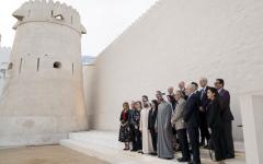 الصورة: الصورة: محمد بن زايد يبحث التعاون مع وفد «مجلس المحيط الهادئ للسياسة الدولية»