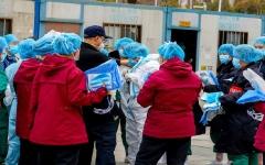 """الصورة: الصورة: إصابة 1700 عامل طبي في الصين بفيروس كورونا """"كوفيد"""""""