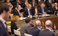 الصورة: الصورة: الإمارات تشارك في اجتماع «الناتو» حول أفغانستان