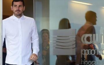 الصورة: الصورة: كاسياس يترشح لرئاسة اتحاد الكرة الإسباني