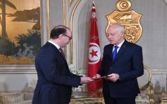 الصورة: الصورة: الفخفاخ يقدم تشكيلة وزارية معدلة والرئيس التونسي يحيلها إلى البرلمان
