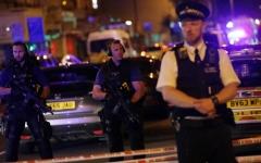 الصورة: الصورة: طعن رجل في أحد مساجد لندن وتوقيف مشتبه به