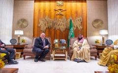 الصورة: الصورة: ولي العهد السعودي يلتقي وزير الخارجية الأمريكي في الرياض