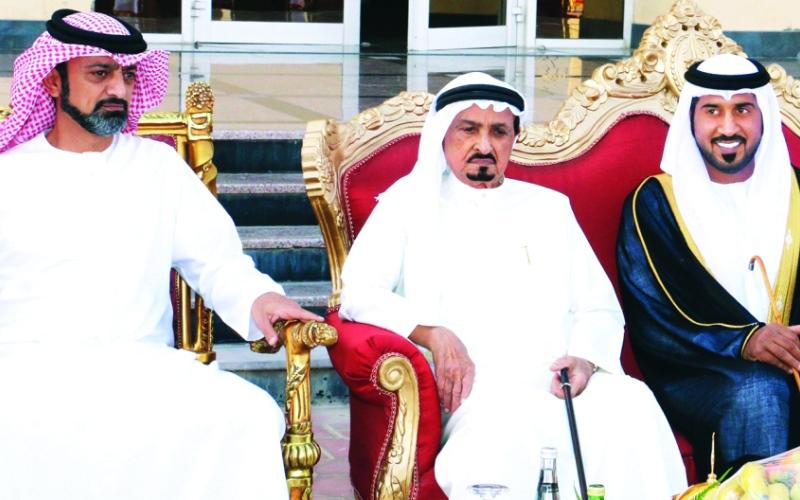 الصورة: الصورة: حاكم عجمان وولي عهده يحضران أفراح النعيمي والغفلي