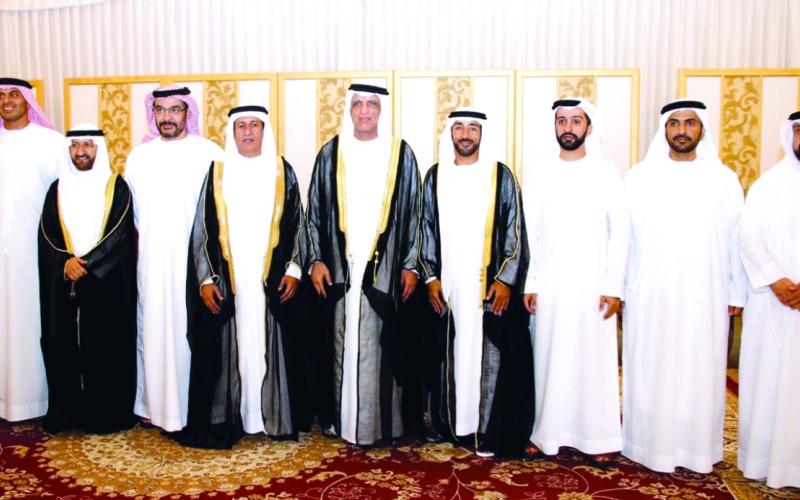 الصورة: الصورة: حاكم رأس الخيمة والشيوخ يحضرون أفراح السويدي والعميمي في الشارقة
