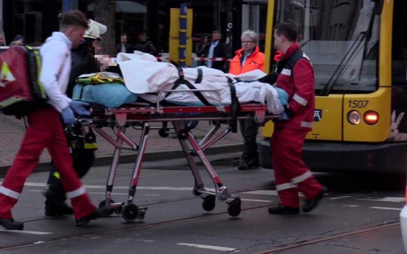 الصورة: الصورة: عجوز تدهس ركاب مترو وتصيب 12 شخصاً بجروح في ألمانيا