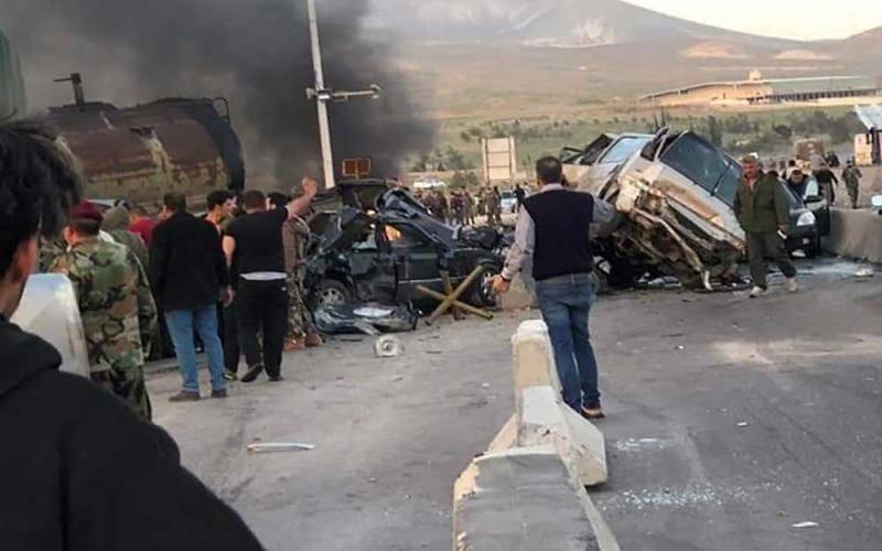 الصورة: الصورة: أكثر من 100 قتيل في حادث سير بسوريا