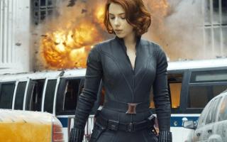 الصورة: الصورة: Black Widow عُرضة للتأجيل بسبب «كورونا»