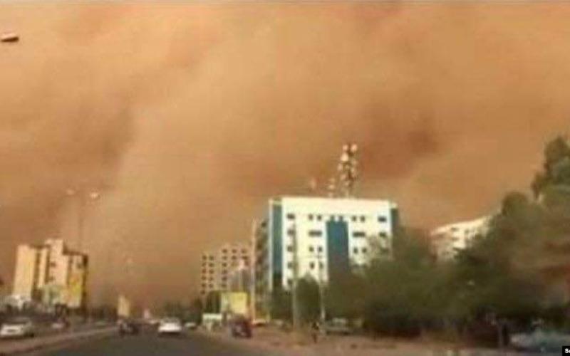 الصورة: الصورة: ارتفاع وفيات عاصفة التنين في مصر إلى 20 شخصاً