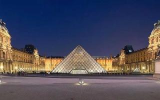 الصورة: الصورة: إغلاق متحف اللوفر وقصر فرساي بسبب كورونا