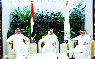 الصورة: الصورة: «صحة دبي» تعزز تبادل الخبرات والتجارب مع «الهيئة السعودية»