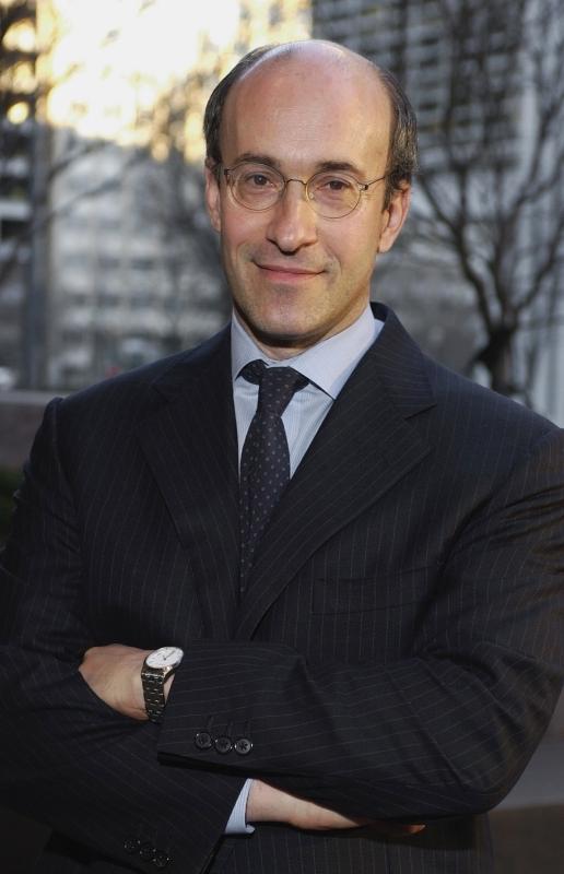 الصورة : كينيث روغوف - كبير الاقتصاديين في صندوق النقد الدولي سابقاً، وأستاذ علوم الاقتصاد والسياسة العامة في جامعة هارفارد.