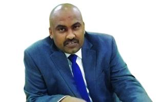 الصورة: الصورة: وجود السودان في قائمة الإرهاب يكبّل عمل الحكومة الانتقالية