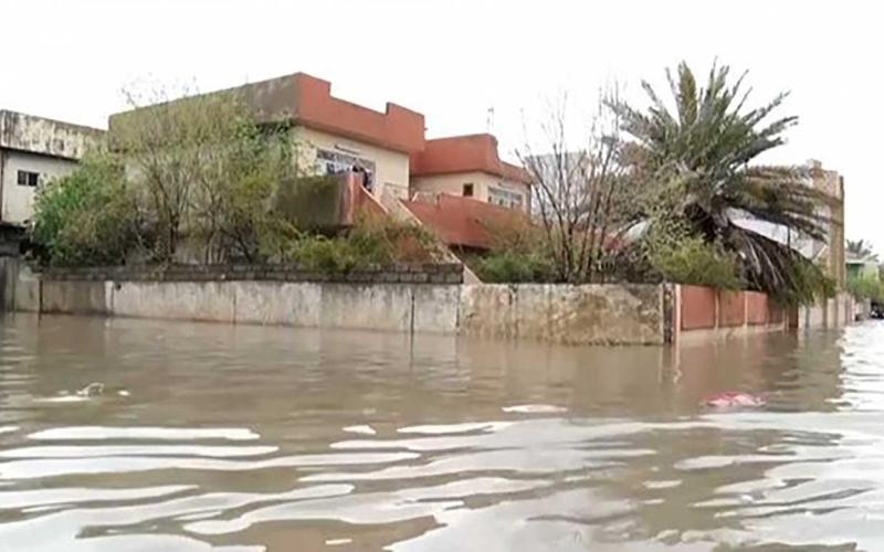 الصورة: الصورة: شاهد.. الفيضانات تُغرق الموصل العراقية