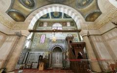 الصورة: الصورة: «كورونا» يعلّق صلاة الجماعة بالمسجد الأقصى