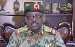 الصورة: الصورة: وفاة وزير الدفاع السوداني بأزمة قلبية في جنوب السودان