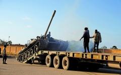 الصورة: الصورة: الجيش الليبي يصدّ هجوماً للمرتزقة ويدمّر مدرعة تركية
