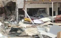 الصورة: الصورة: دفاع مدني دبي يسيطر على حريق في مطعم