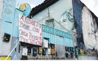 الصورة: الصورة: الخوف والاضرابات يخنقان صوت الأغاني في إيطاليا