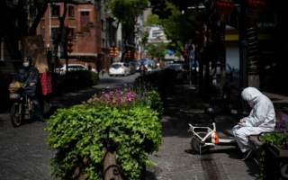 """الصورة: الصورة: باحثون: إغلاق ووهان حال دون إصابة أكثر من 700 ألف بـ """"كوفيد-19"""""""