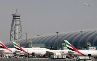 """""""مطارات دبي"""": طيران الإمارات تبدأ عملياتها لوجهات محددة اعتباراً من اليوم"""