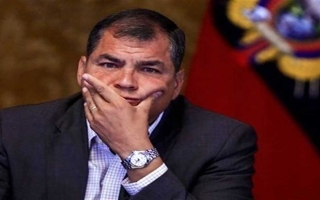 الصورة: الصورة: الحكم بسجن رئيس الإكوادور السابق 8 سنوات