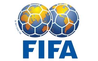 الصورة: الصورة: «فيفا» يطلب تمديد عقود اللاعبين