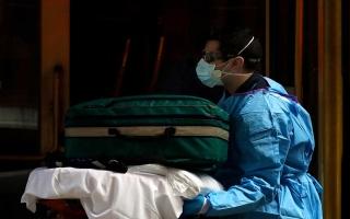 الصورة: الصورة: حصيلة وفيات كورونا في العالم حتى أمس