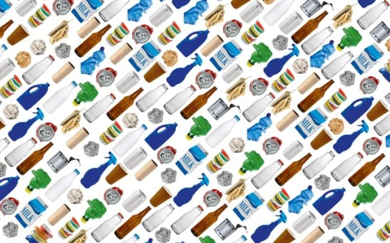 الصورة: الصورة: علماء يكتشفون إنزيماً لتدوير عبوات البلاستيك خلال ساعات