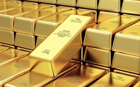 الصورة: الصورة: الذهب يرتفع بفعل الطلب على الملاذ الآمن قبيل اجتماع أوبك+