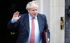 الصورة: الصورة: بريطانيا تسجل تراجعاً كبيراً في عدد الوفيات عشية عودة جونسون للعمل