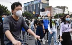الصورة: الصورة: حالات الإصابات بكورونا في الصين تعاود الارتفاع