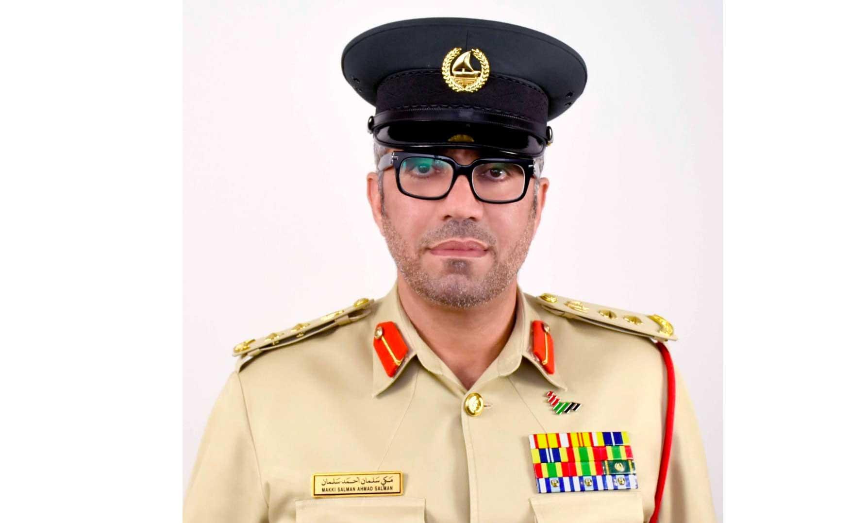 الصورة : العقيد مكي سلمان احمد  مدير إدارة مسرح الجريمة بالوكالة