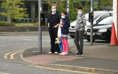 الصورة: الصورة: توقعات صادمة لموعد انتهاء وباء «كورونا»