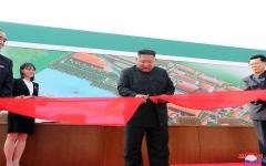 الصورة: الصورة: ظهر أخيراً .. زعيم كوريا الشمالية يفاجئ العالم ويقطع التكهّنات