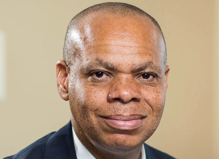 الصورة : باتريك جاسبار - سفير الولايات المتحدة الأسبق لدى جنوب أفريقيا، ويشغل حالياً منصب رئيس مؤسسات المجتمع المفتوح.