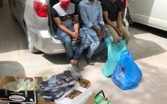 الصورة: الصورة: شرطة دبي تضبط 3.5 طن بضائع مُخزنة في سكن عمالي