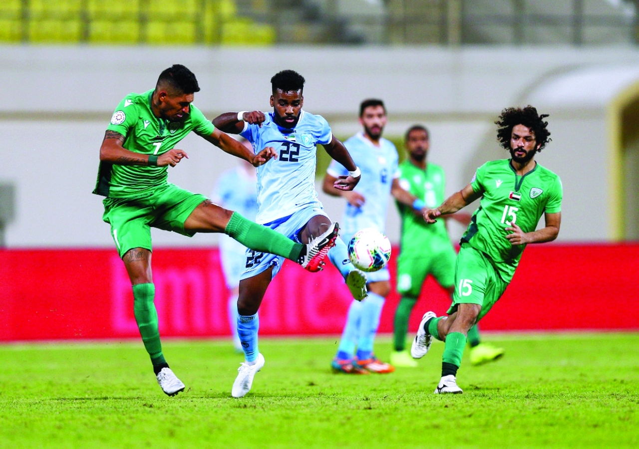 الصورة : جانب من إحدى مباريات حتا في دوري الخليج العربي | أرشيفية