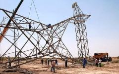"""الصورة: الصورة: """"داعش"""" يفجّر برج نقل طاقة كهربائية في كركوك"""
