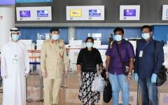 """الصورة: الصورة: """"أمن المطارات"""" تسهل عودة زوج وامرأته الحامل لموطنهما بعد لجوئهما لشرطة دبي"""