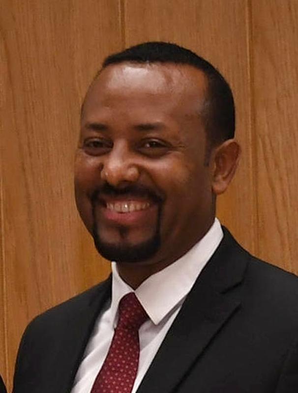 الصورة : آبي أحمد - رئيس وزراء إثيوبيا، والحائز جائزة نوبل للسلام في عام 2019.