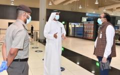 الصورة: الصورة: تنفيذاً لتوجيهات القيادة.. «إقامة دبي» تقدم كل دعم ممكن لتسهيل إجلاء الراغبين بالمغادرة لبلدانهم