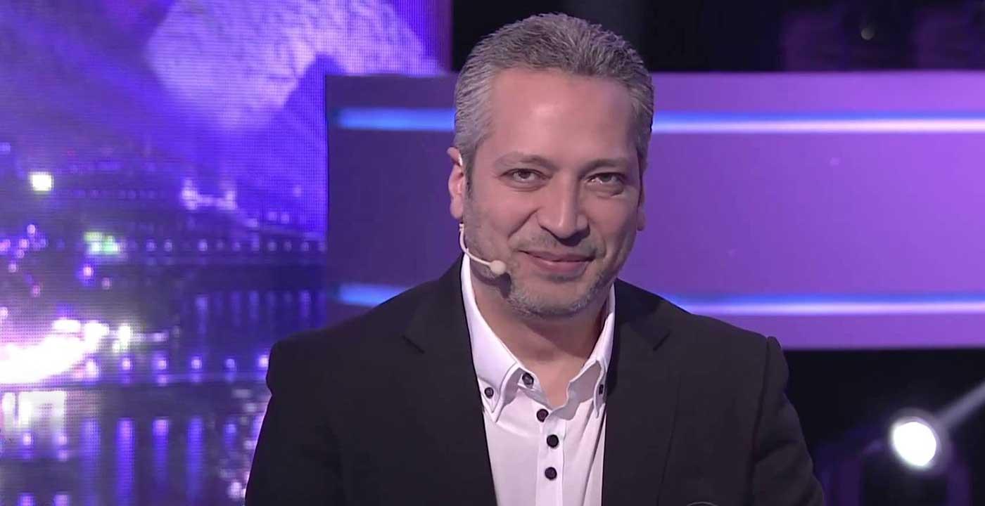 """صورة مصريون يؤجرون الكمامة بجنيه وإعلامي يعلق: """"ما نفعله يجعل كورونا يموت من الضحك"""" – عالم واحد – العرب"""