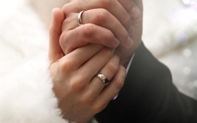 الصورة: الصورة: مصر تحدد ضوابط الزواج في عيد الفطر