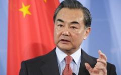 """الصورة: الصورة: وزير الخارجية الصيني :  بكين وواشنطن تقتربان من """"حافة حرب باردة جديدة"""""""