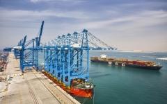 الصورة: الصورة: 6.6 مليارات فائض تجارة أبوظبي مع السعودية في الربع الأول