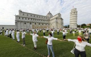 الصورة: الصورة: التعافي مستمر.. إيطاليا تعيد فتح برج «بيزا» المائل