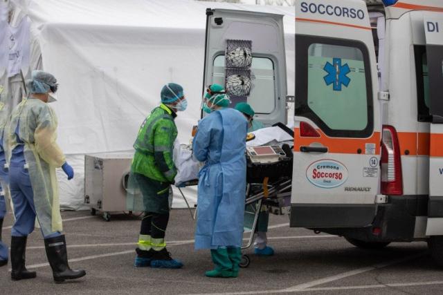 إيطاليا تسجل 321 إصابة جديدة بكورونا و71 وفاة - عالم واحد - خارج الحدود - البيان
